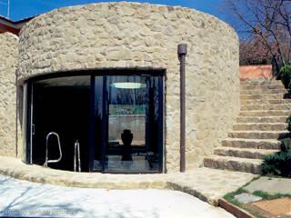 Arezzo Giardino moderno di architetto andrea zurli Moderno