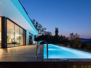 modern Pool by IDEAL WORK Srl