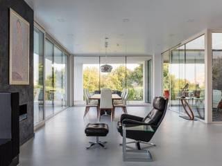 Salon moderne par IDEAL WORK Srl Moderne Béton