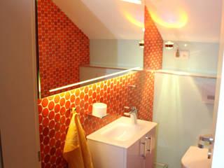Bäderwerk Bad + Design Cutner GmbH Ванна кімната Червоний