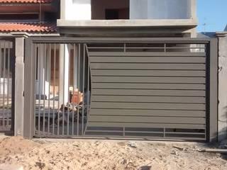 Portão Basculante Residencial Dartora Esquadrias Metálicas Portas de entrada Ferro/Aço Cinza