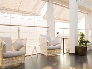 ALIVE - RESTAURANTE & LOUNGE Espaços de restauração modernos por Red Centre - Interiors Harmony, by Design Moderno
