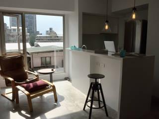 【住宅設計】和平東路 – 20坪清新居家風格:  餐廳 by 大觀創境空間設計事務所,