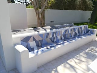 STUDIO D'AMICO Mediterranean style garden Ceramic Blue