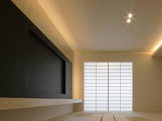 Foil Residence: Jun Murata   |   JAMが手掛けた現代のです。,モダン
