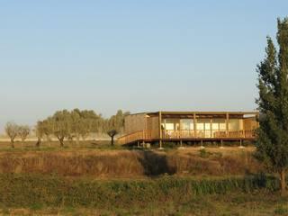 Casa Zvilla por JGDS-EPA - CASAS MODULARES Moderno