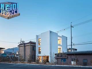 Modern Houses by 단감 건축사사무소 Modern