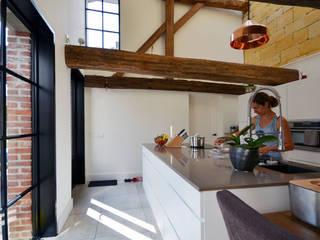 Renovatie monumentale hoeve Klassieke keukens van ARCHiD Klassiek