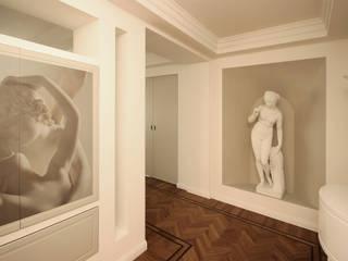 Corridor & hallway by JFD - Juri Favilli Design, Classic