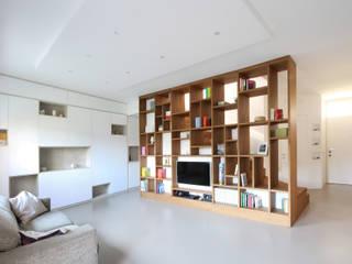 Libreria Moderna di Design : Soggiorno in stile  di JFD - Juri Favilli Design