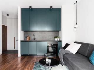 Muebles de cocinas de estilo  por Raca Architekci