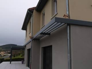 renovation facade: Maisons de style  par BRUNO BINI