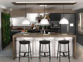 Cozinha sofisticada: Armários e bancadas de cozinha  por Karoline Martins - Arquitetura & Interiores