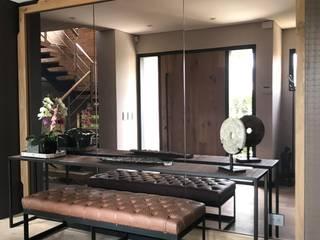 Ecologik Hành lang, sảnh & cầu thang phong cách chiết trung Brown