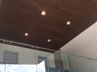 Onice Pisos y Decoracion Modern shopping centres Wood-Plastic Composite