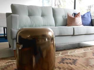 Sala de estar: Salas de estar modernas por Tangerinas e Pêssegos - Design de Interiores & Decoração no Porto