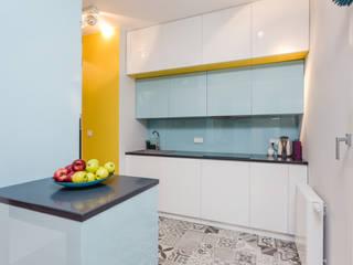 Modify- Architektura Wnętrz Kitchen units Multicolored