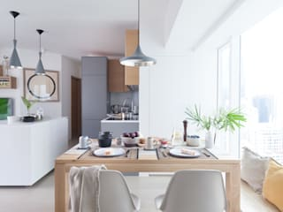 Cherry Crest:  Dining room by Clifton Leung Design Workshop