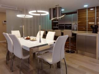 Reforma general en Burjassot Cocinas de estilo moderno de Construcciones Camgua Moderno