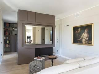 Abitazione privata - Como Soggiorno moderno di CN Arredamento Design Srl Moderno