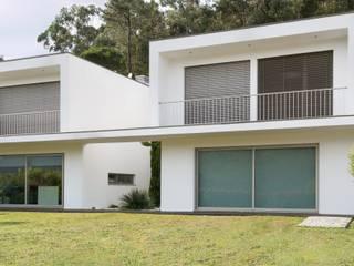 Casa FC: Casas de campo  por GOA Arquitectos