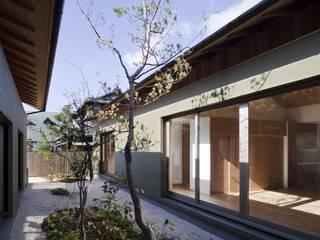 長岡京の家Ⅱ: 吉川弥志設計工房が手掛けた枯山水です。,