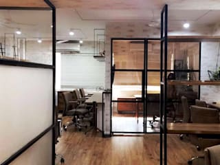 OFFICE - Designer's Circle Modern study/office by DESIGNER'S CIRCLE Modern