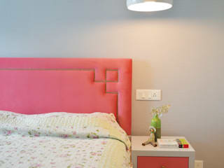 Residential:  Bedroom by KAY'S DESIGN LAB