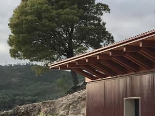 Reabilitação de Anexo: Casas modernas por raul sousa cardoso arqt