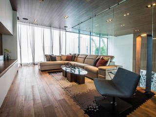 Salones de estilo  de IAARQ (Ibarra Aragón Arquitectura SC), Moderno