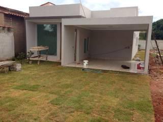 Condominios de estilo  por Rudini Rodarte Arquitetura & Construção