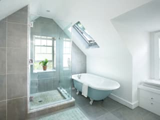 Klaw House Minimalist style bathroom by Metcalfe Architecture & Design Minimalist