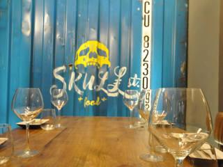 Restaurantes de estilo  por Estudio Arinni S.L.