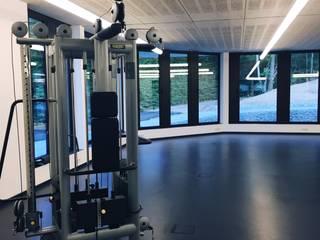 Sportpark Simmern: industriell  von Architekturbüro Götz Oertel ,Industrial