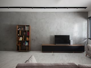 JALAN TANJONG Industrial style living room by Eightytwo Pte Ltd Industrial