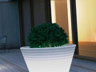 Beleuchtete Pflanzgefäße CONO arts&more - Raumbegrünung Balkon, Veranda & TerrasseBeleuchtung Plastik Weiß