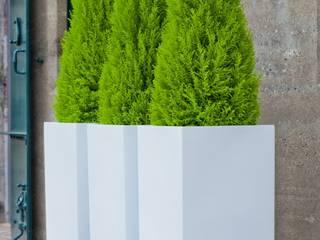 Fiberstone Pflanzgefäße arts&more - Raumbegrünung Balkon, Veranda & TerrasseAccessoires und Dekoration Grau