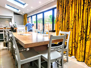 Full home design, Manchester:   by Andreea De Mirabela Design