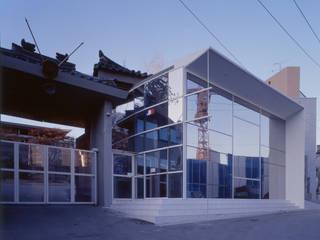 프랑스대사관 비자빌딩 by D.P.J & Partners 모던