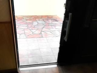 名護の家 和風の 玄関&廊下&階段 の 株式会社青空設計 和風