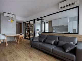 TWIN FOUNTAINS Industrial style living room by Eightytwo Pte Ltd Industrial