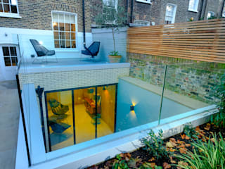 Gibson Square Modern style doors by IQ Glass UK Modern