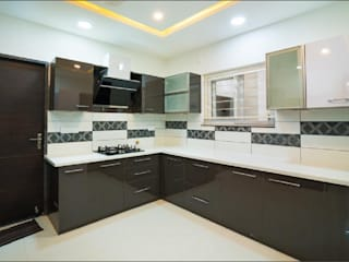 3BHK Flat interiors in contemporary style by Rhythm And Emphasis Design Studio Modern