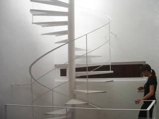 Casa GNMB de CANTÓ ARQUITECTOS Minimalista