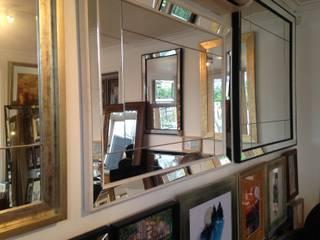 Espejos Decorativos:  de estilo  por Inter-Deco