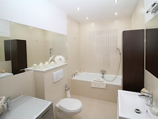 Projects in Bangalore, Hyderabad and Pune:  Bathroom by Bro4u Interior decorators