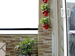 A & G apartment at Southwest Delhi Rustic style garden by Grecor Rustic