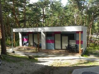 Dom prefabrykowany, Budynek Modułowy, Modular buildings, Mobile house, Camping house, Domek letniskowy od Hatek Janusz Zaręba Sp.J. Nowoczesny