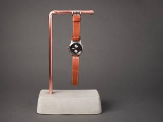 """Beton Uhrenhalter """"Concrete Ben"""": industriell  von Smart Concrete,Industrial"""