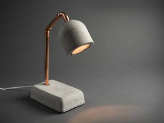 """Beton Nachttischlampe """"Bedside Lamp"""": industriell  von Smart Concrete,Industrial"""